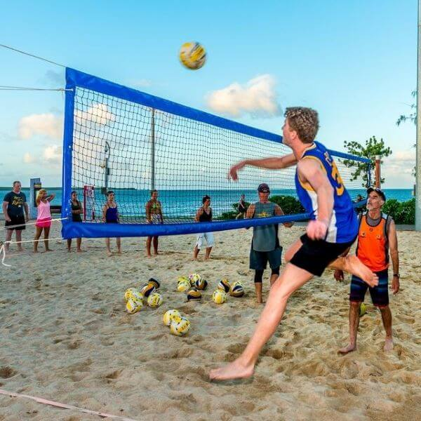 Beach Volleyball – Free Active Living Fitness